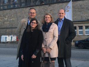 Foto (v.l.): Dr. Thomas Moldzio, Alina Gentil, Annabell Reiner, Matthias Mickeleit