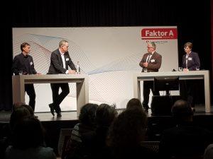 Foto (v.l.): Dr. Volker Kotte, Dr. Thomas Moldzio, Sven Radestock und Dr. Heike Grote-Seifert (Foto: Stefan Schröder, Agentur für Arbeit)
